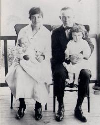 Beulah Young with her husband George and children  Marg and Chas in 1920